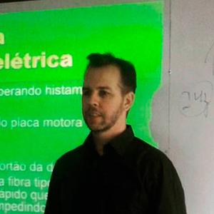 Dr. Diego Bertuol Curso de Acupuntura